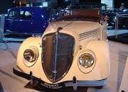classic cars at paris motor show-103344