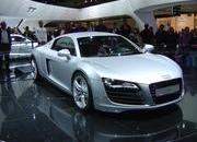 top speed at paris motor show-102174