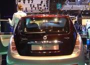 top speed at paris motor show-102001