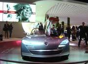 top speed at paris motor show-102033