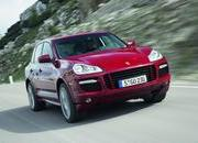 porsche cayenne gts unveiled in chicago-231046