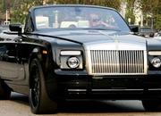 david beckham spotted driving his new rolls royce convertible-255089