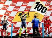 2009 motogp race report rossi celebrates 100 victories at assen-307553