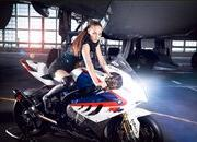 haute couture makes bmw 8217 s s1000rr superbike look even better w video-331448