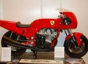 custom one-off ferrari 900 motorcycle up for auction-386292