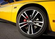 dodge challenger srt8 392 yellow jacket-425968