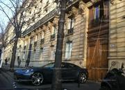 a parisian 8217 s dedication to charging his fisker karma-443272