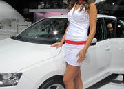 car girls of the 2012 paris auto show-475591