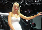 car girls of the 2012 paris auto show-475491