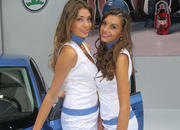 car girls of the 2012 paris auto show-475594