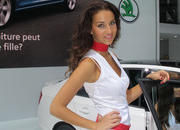 car girls of the 2012 paris auto show-475597