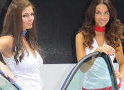 car girls of the 2012 paris auto show-475607