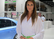 car girls of the 2012 paris auto show-475613