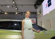 car girls of the 2012 paris auto show-475622