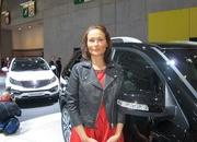 car girls of the 2012 paris auto show-475628
