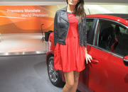 car girls of the 2012 paris auto show-475634