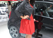car girls of the 2012 paris auto show-475638