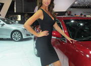 car girls of the 2012 paris auto show-475648