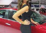 car girls of the 2012 paris auto show-475652