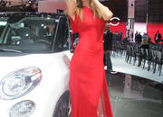 car girls of the 2012 paris auto show-475497