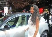 car girls of the 2012 paris auto show-475707