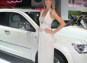 car girls of the 2012 paris auto show-475503