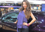 car girls of the 2012 paris auto show-475550
