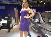car girls of the 2012 paris auto show-475488