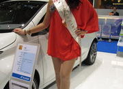 the ladies of the 2013 geneva motor show-496329