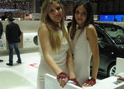 the ladies of the 2013 geneva motor show-496332